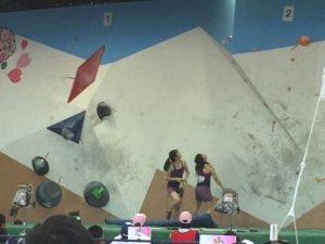 山岳競技 少年女子 ボルダリング